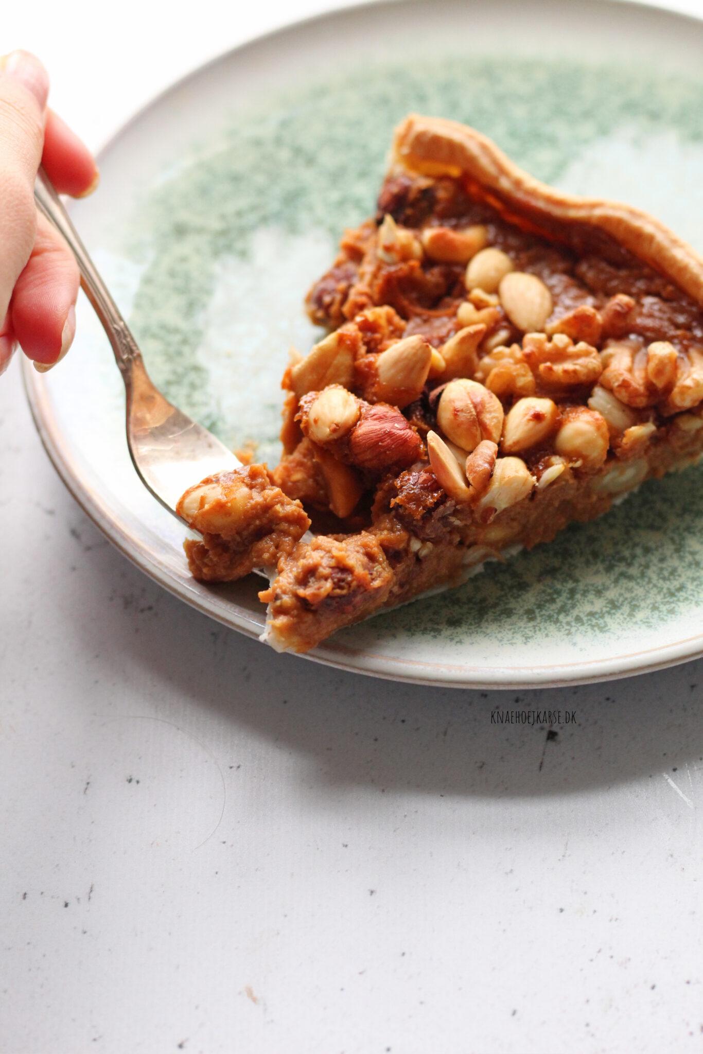Vegansk nøddetærte