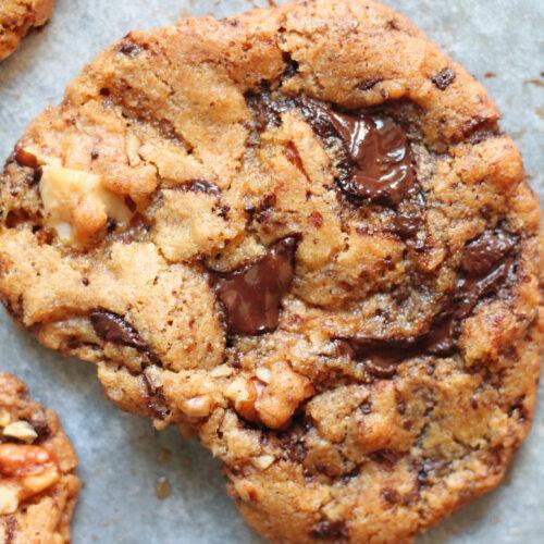 sprøde veganske cookies med valnødder