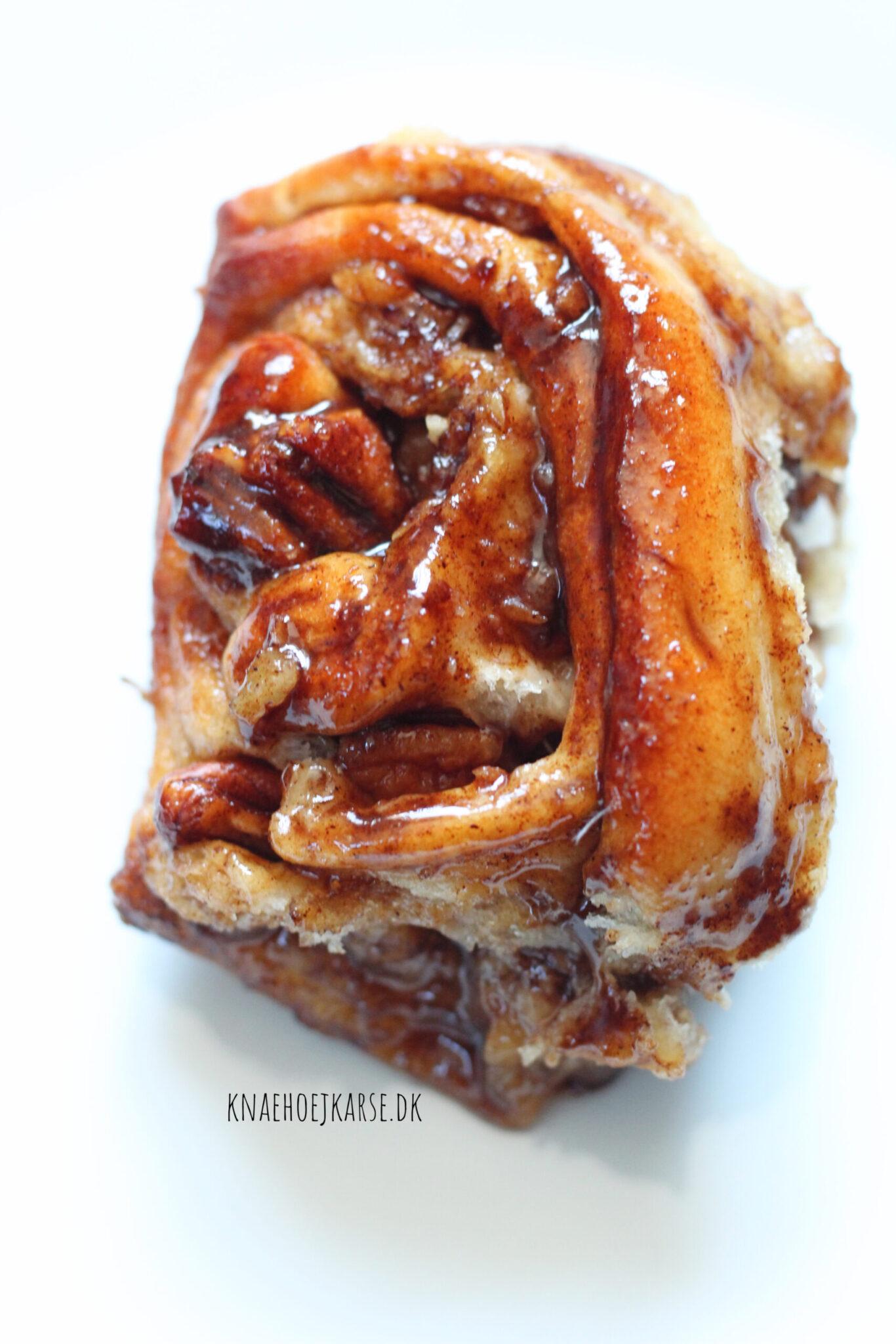 sticky buns med pekannødder